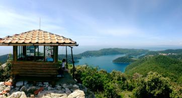 On top of Montokuc
